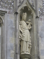 mary statue college